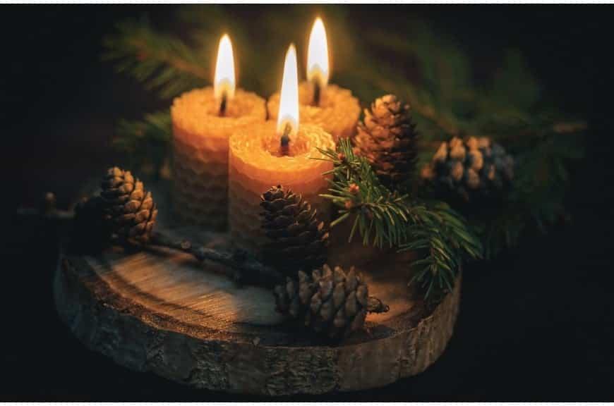 Des bougies naturelles pour un Noël féérique